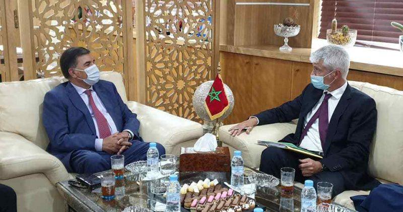 حافيدي يتباحث مع سفير سويسرا بالمغرب حول سبل التعاون والتعرف على المؤهلات الصناعية والفلاحية والسياحية بالجهة